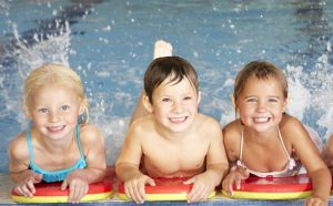 childrens-swimming-lessons-01